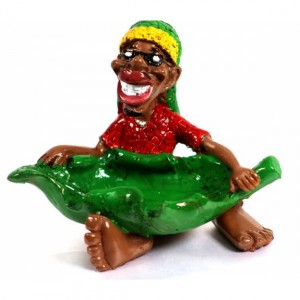 CERAMIC ASHTRAY RASTA MAN WITH LEAF